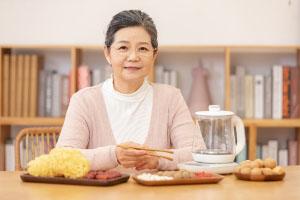 适合老人的养老保险产品有哪些