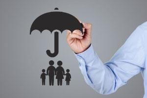 商业健康保险主要包括哪三大类?