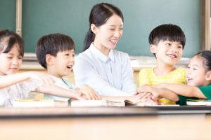 给孩子一个美好的未来,教育险必不可少
