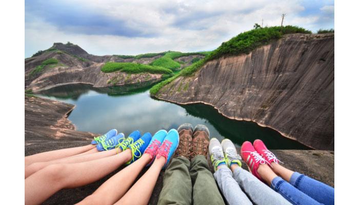 据说在国内旅游最好买一份境内旅游保险,怎么买呢?