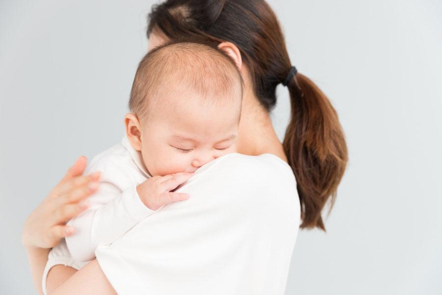 婴儿万能保险
