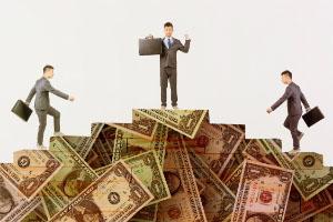 现在卖的最火的理财保险有哪些?