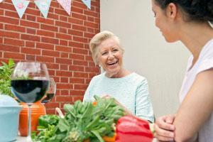 人身意外险投保年龄有限制,注意事项知多少