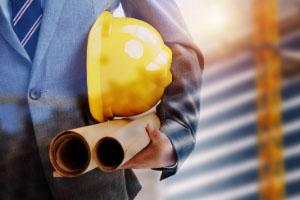 装修房屋,房主需给装修工人购买意外保险