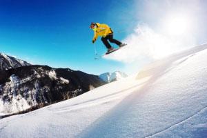 今年冬天你滑雪了吗?别忘了带上意外险