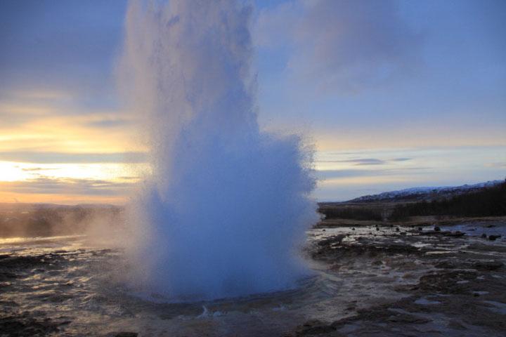 一起去冰岛来一场冰雪奇缘吧